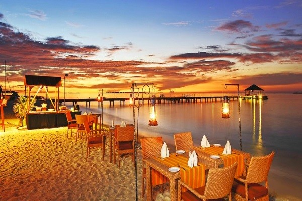 Restaurant - Hôtel Aadaran Prestige Water Villas 4* Male Maldives