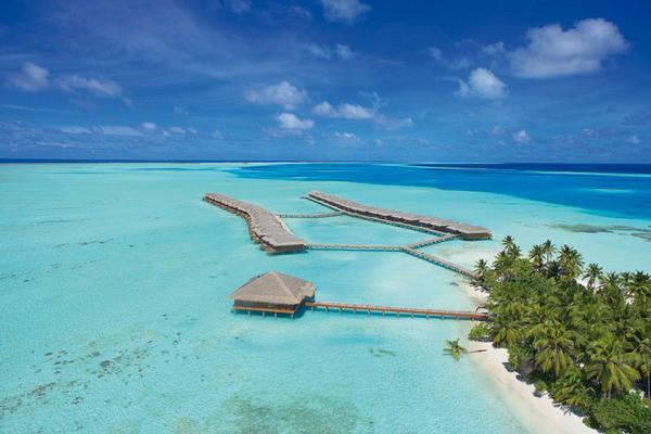 Vue panoramique - Hôtel Medhufushi Island Resort 4* Male Maldives
