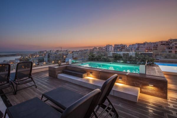 Piscine extérieure - Solana Hôtel & Spa