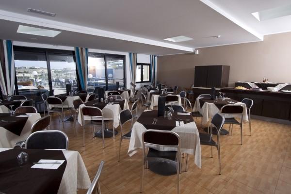 Restaurant - 115 The Strand Hotel and Appartement 3* La Valette Malte
