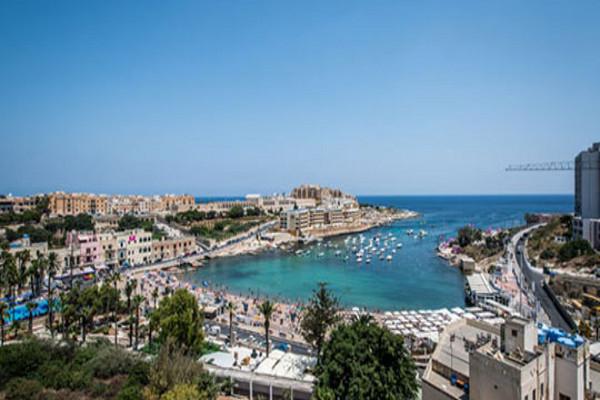 Vol Hotel Malte