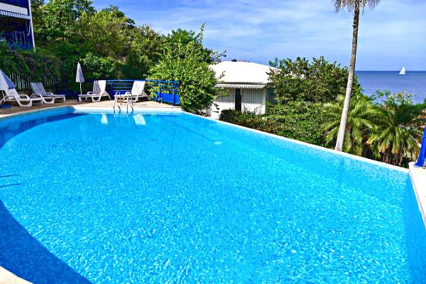 Piscine - Hôtel Madi Créoles Fort De France Martinique
