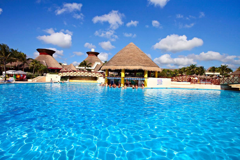 Piscine - Hôtel Bahia Principe Grand Tulum 5* Cancun Mexique