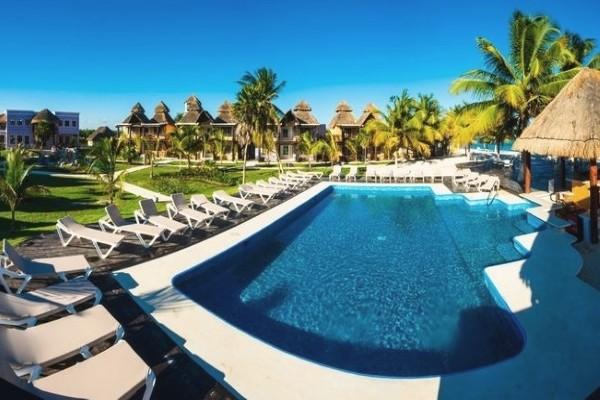 Piscine - Club Bravo Club Pavoreal 4* Cancun Mexique
