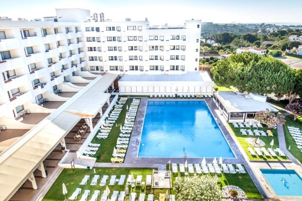 H tel albufeira sol hotel spa albufeira portugal for Chaine hotel pas cher portugal