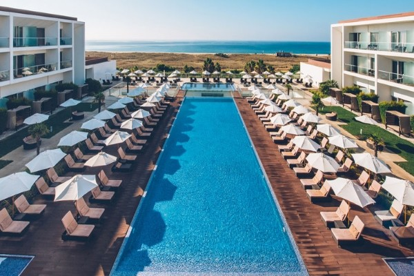 Piscine - Club Kappa Iberostar Selection Lagos Algarve 5*