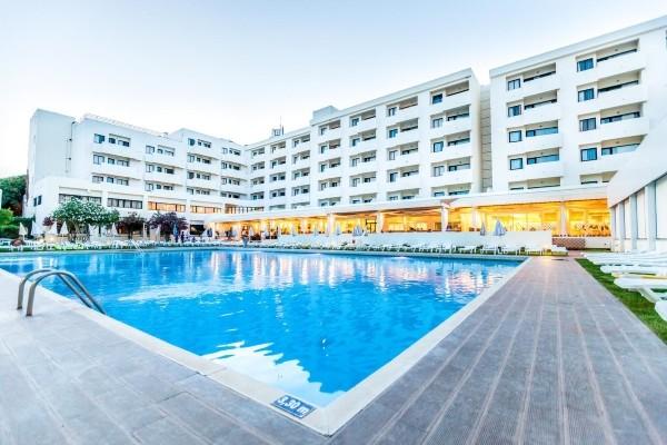 Piscine - Hôtel Naya Club Albufeira Sol 4* Faro Portugal