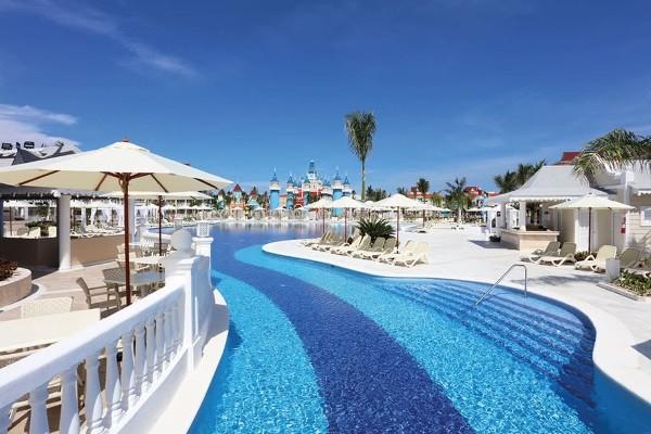 Piscine - Hôtel Luxury Bahia Principe Fantasia 5* Punta Cana Republique Dominicaine