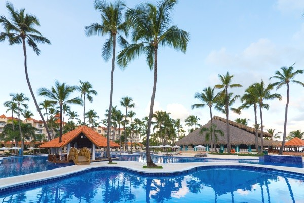 Piscine - Occidental Caribe All Inclusive 4* Punta Cana Republique Dominicaine