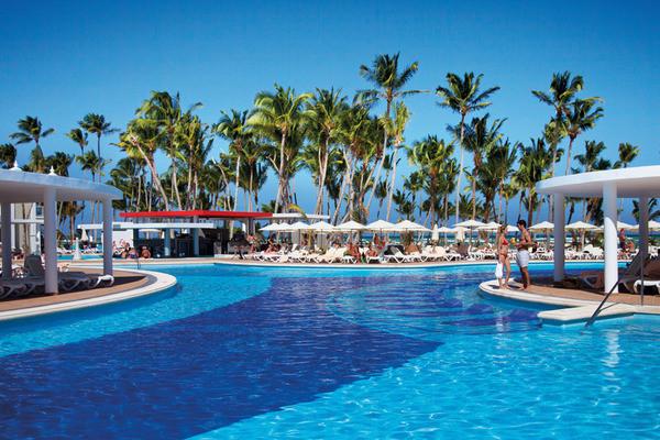 Piscine - Hôtel Riu Palace Bavaro 5* Punta Cana Republique Dominicaine