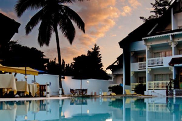 Piscine - Hôtel Le Nautile Beachfront Hôtel 3* Saint Denis Reunion