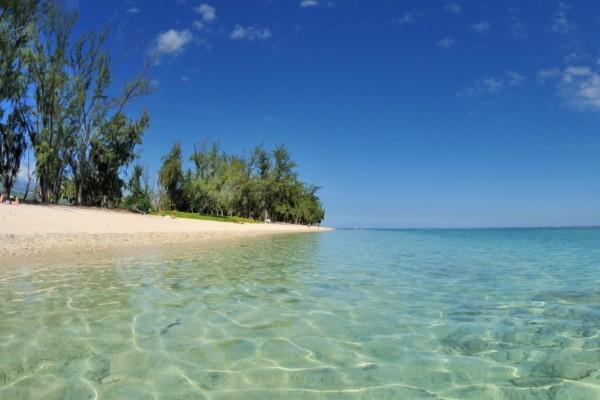 La plage de l'Ermitage - Tropic Appart'Hotel
