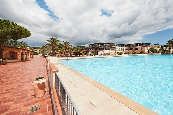 Piscine - Hôtel Hôtel Voi Tanka Resort 4* Cagliari Sardaigne