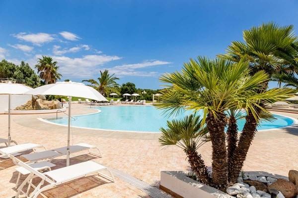 Piscine - Hôtel Hôtel Sant'Elmo Beach 4* Cagliari Sardaigne