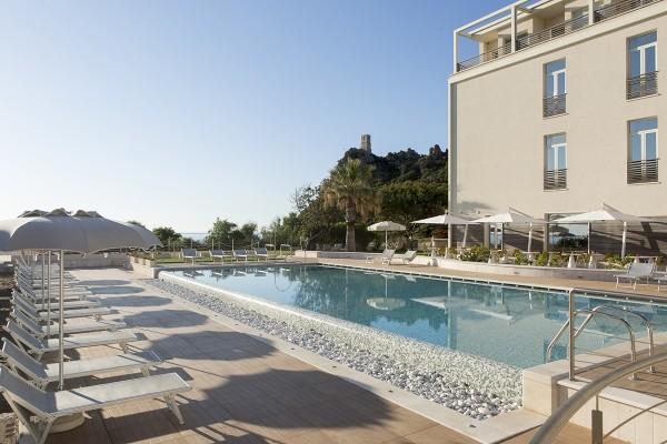 Piscine - Hôtel Tui Sensimar Torre Salinas 4* Cagliari Sardaigne