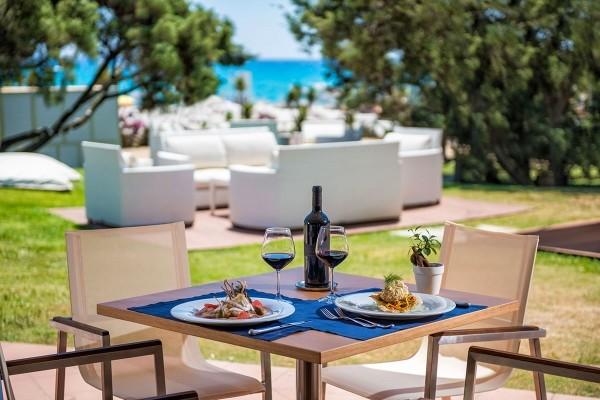 Restaurant - Hôtel Pullman Timi Ama Sardegna 5* Cagliari Sardaigne