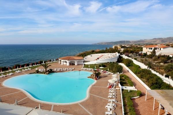 VUE PISCINE - Framissima Bagaglino Resort