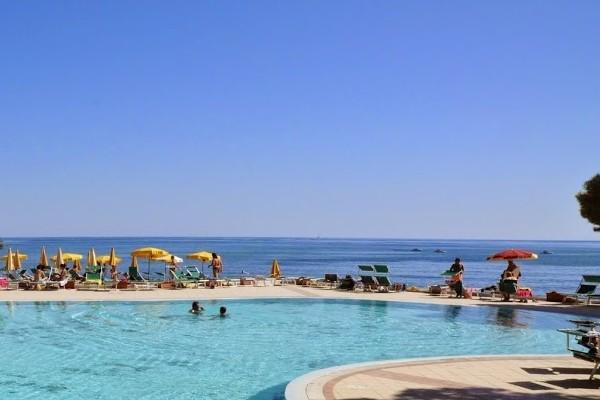 H tel marina seada beach sardaigne italie fram for Camping budoni