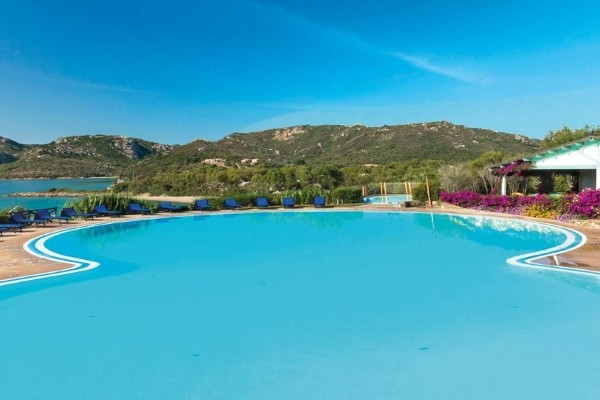 Piscine - Hôtel Park Hotel & Spa Cala Di Lepre 4* Olbia Sardaigne