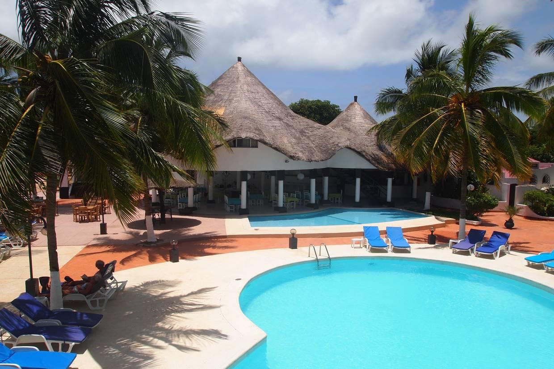 Piscine - Hôtel Africa Queen 3* Dakar Senegal