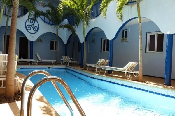Piscine - Hôtel Hacienda 3* Dakar Senegal
