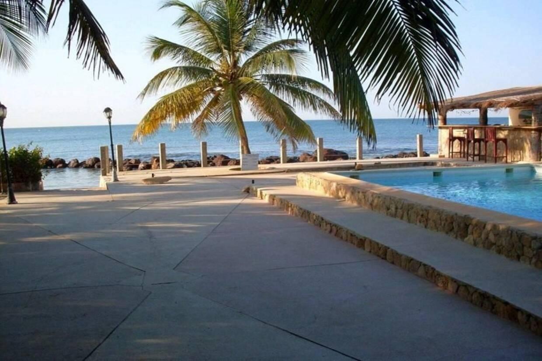 Piscine - La Lagune 3* Dakar Senegal