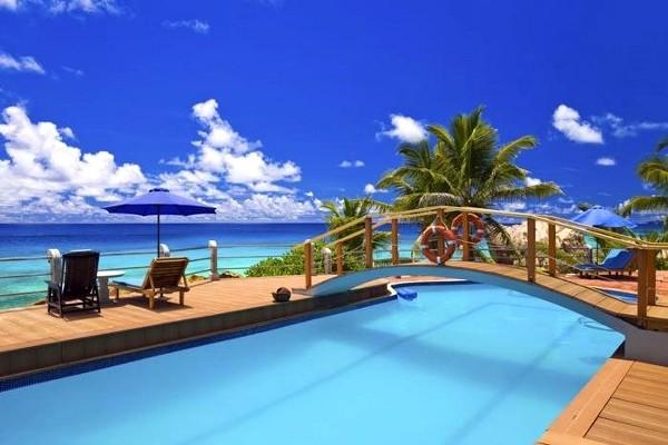 Piscine - Patatran Village 2* Mahe Seychelles
