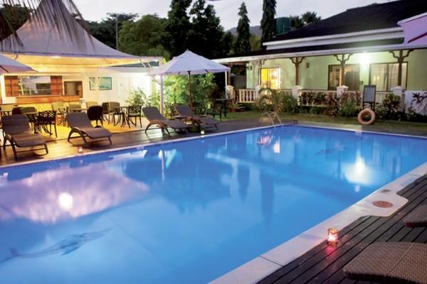 Piscine - Hôtel Le Relax Beach Resort 3* Praslin Seychelles