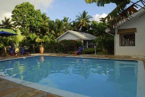 Piscine - Hôtel Villa de Mer 3* Praslin Seychelles