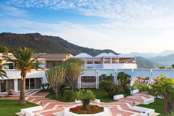 Facade - Club FTI Voyages Pollina Resort 4* Palerme Sicile et Italie du Sud
