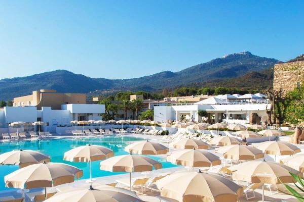 Piscine - Club FTI Voyages Pollina Resort 4* Palerme Sicile et Italie du Sud