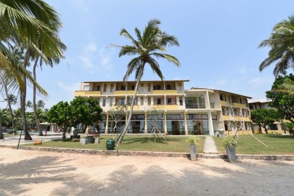 Facade - Insight Resort 3* Colombo Sri Lanka