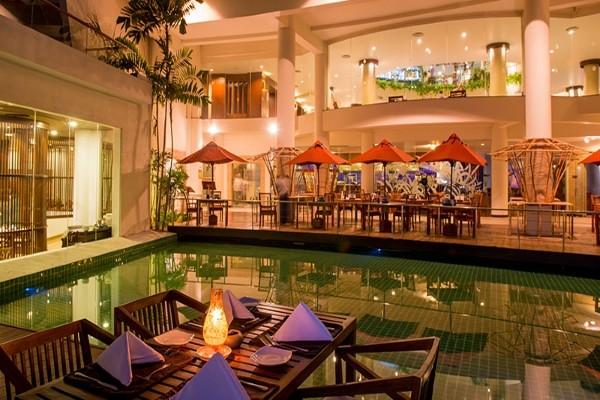 Piscine - Hôtel Occidental Eden Beruwela 5* Colombo Sri Lanka