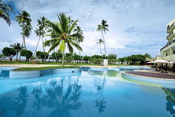 Piscine - Hôtel Turyaa Kalutara 4* Colombo Sri Lanka