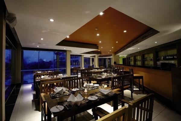 Restaurant - Hôtel Turyaa Kalutara 4* Colombo Sri Lanka