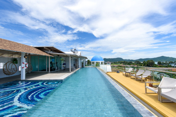 Piscine - Costa Well Resort Pattaya