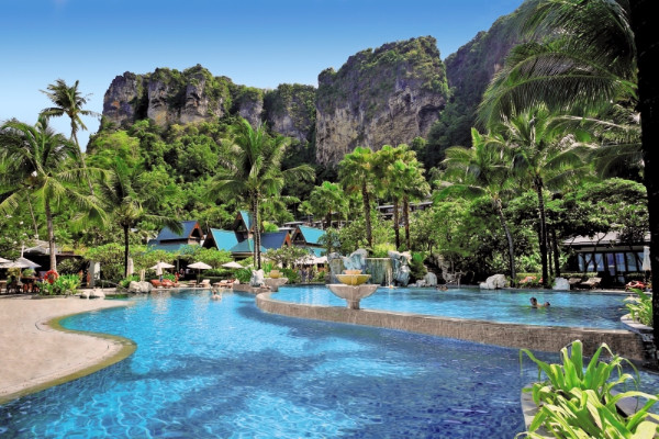 Piscine Hôtel Centara Grand Beach Resort Villas Krabi