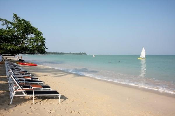 Plage - Hôtel Kantary Beach Khao Lak 5*