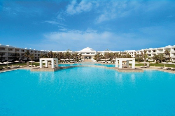 Piscine - Radisson Blu Palace Resort & Thalasso