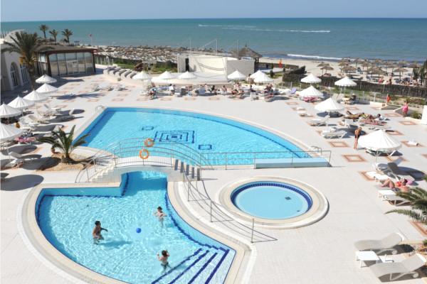 Piscine - Hôtel Télémaque Beach & Spa 4*
