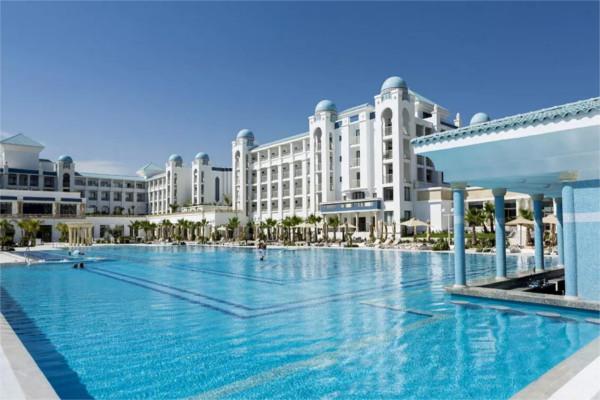 Piscine - Hôtel Concorde Green Park 5* Monastir Tunisie