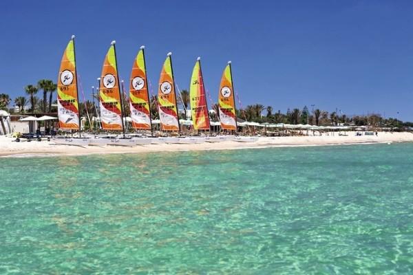 Vacances Monastir: Club Delfino Beach