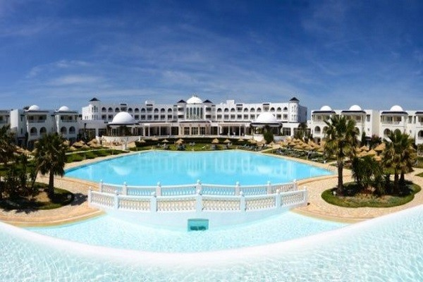 Piscine - Hôtel Golden Tulip Taj Sultan 5* Tunis Tunisie