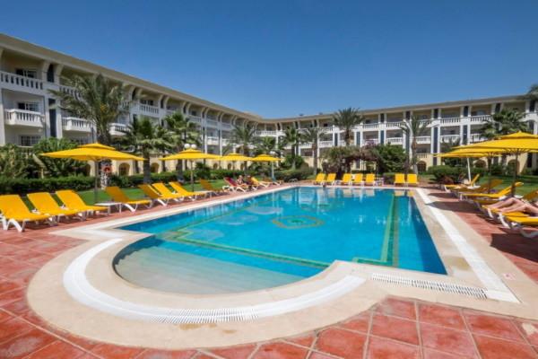 Piscine - Hôtel Medina Belisaire & Thalasso 4* Tunis Tunisie