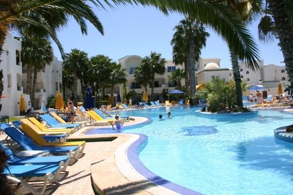 Piscine - Hôtel Nesrine 4* Tunis Tunisie