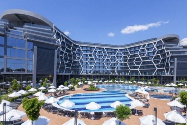 Piscine - Bosphorus Sorgun