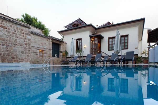 Piscine - Hôtel Dogan 3* Antalya Turquie