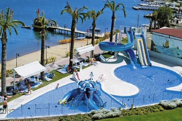 Piscine - Hôtel Baia Bodrum 5* Bodrum Turquie