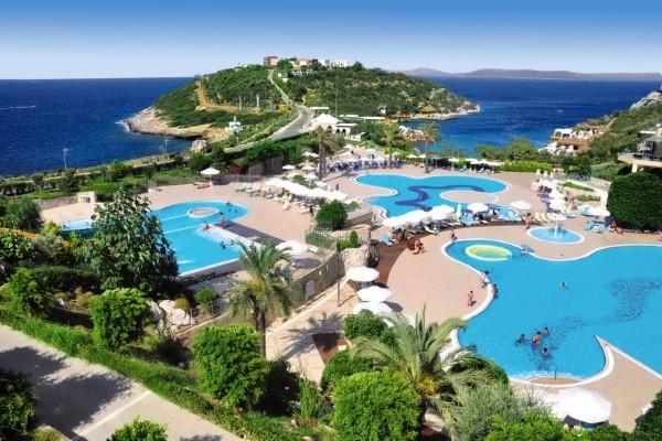 Piscine - Hôtel Hilton Bodrum Türkbükü Resort & Spa 5* Bodrum Turquie