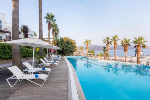 Piscine - Hôtel Kairaba Blue Dreams 5* Bodrum Turquie